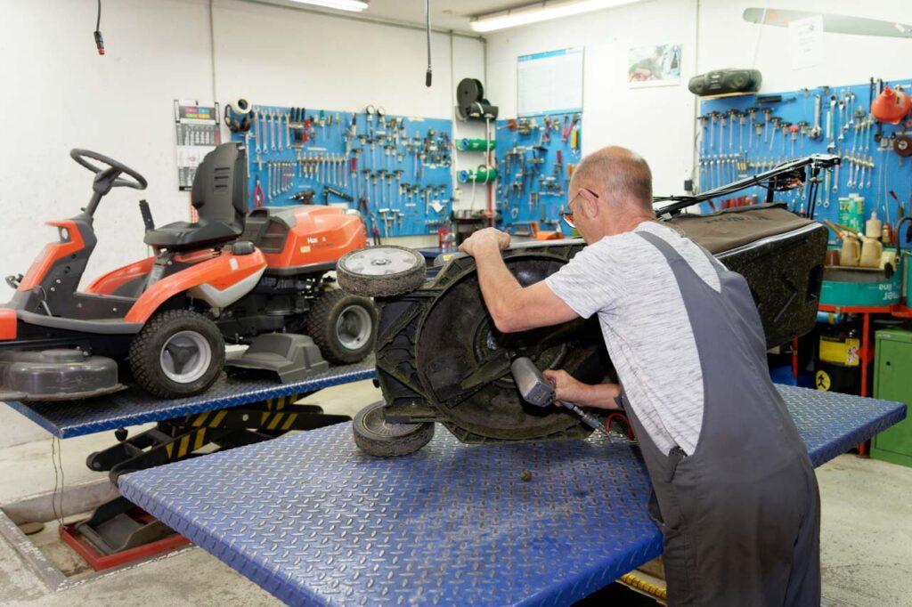 Reparatur in eigener Werkstatt